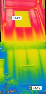 吹き抜けの温度差を赤外線カメラで撮影